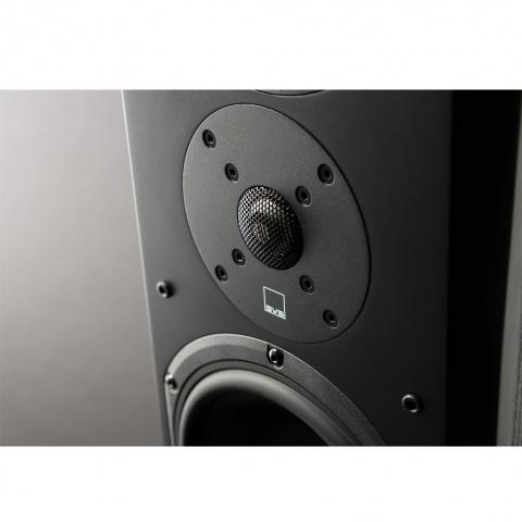 Amplituner Yamaha MusicCast RX-A680